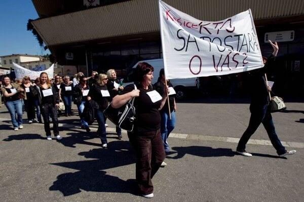 Nurses protesting in Bratislava in May 2011.