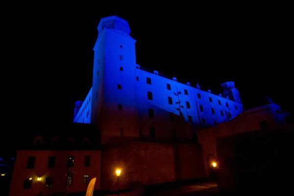Bratislava Castle lit up in blue to mark the UN's 70th anniversary.