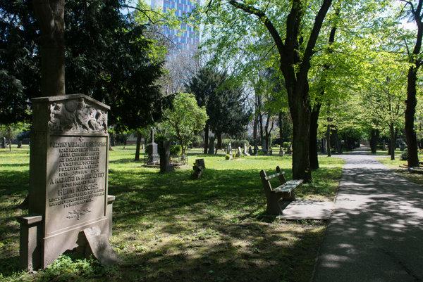 Ondrejský Cemetery.