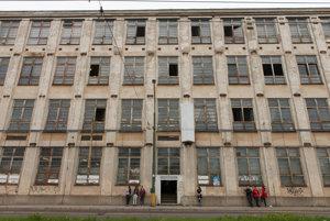 Pradiareň building of Cvernovka housing a creative hub.