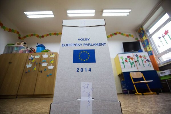Slovaks elect 13 members of the EP.