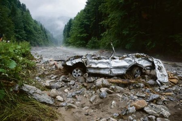 Around 40 cars were damaged or completely destroyed in Vrátna Dolina valley during a torrential rain in 2014.