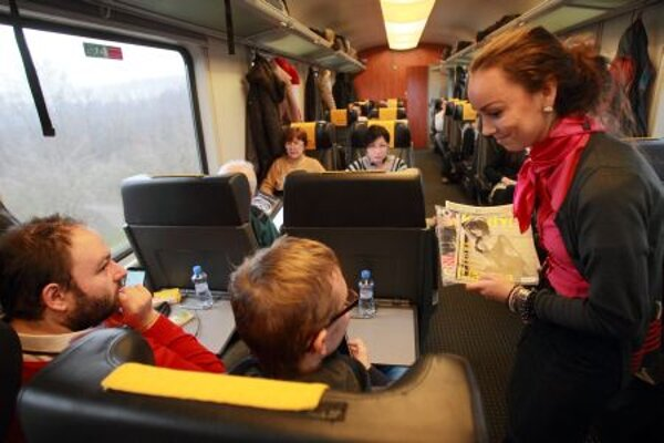 Private trains bring more services for clients