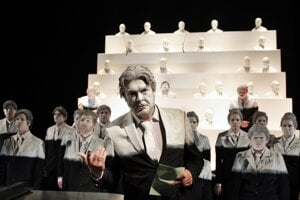 Anti-formalistic Rayok of the National Theatre Prague