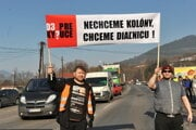 Road-blocking protest in Povina, Kysuce, demanding completion of highway bypass - February 16.