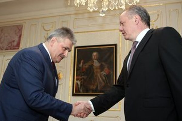 Labour Minister Ján Richter met with President Andrej Kiska on the creches law.