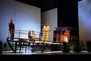 Life on a boat in Il Tabarro / Triptych. L-R: Martin Gyimesi-Tinca, Miroslav Dvorský-Luigi, Adriana Kohútková-Giorgetta.