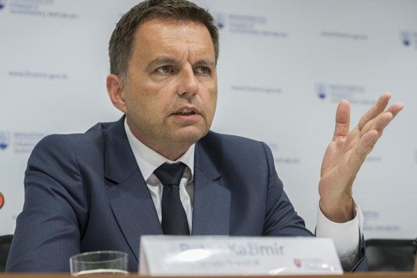 NBS governor Peter Kažimír