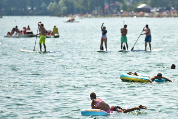 Zlaté Piesky lake in Bratislava offers a lot of opportunities to finish the summer off.