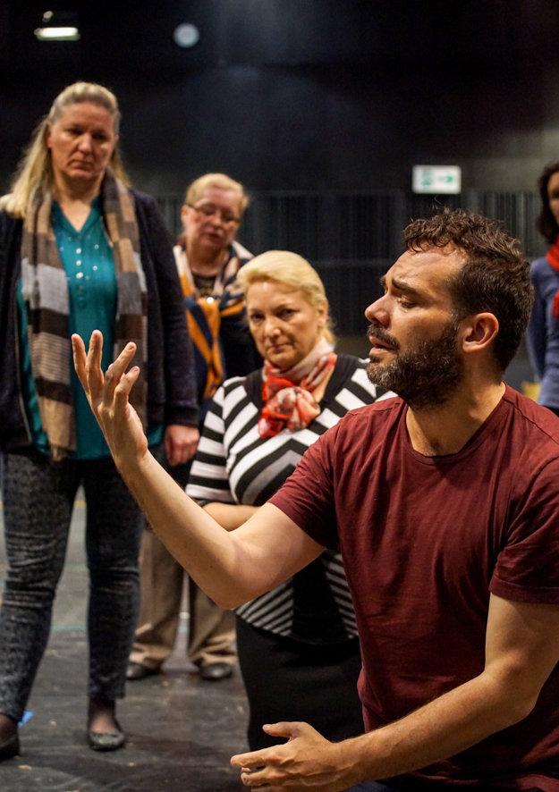 Daniel Kramer in SND, directing Sadko.