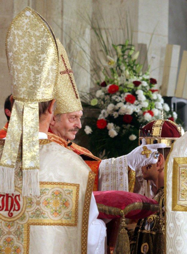 Older Coronation Ceremony