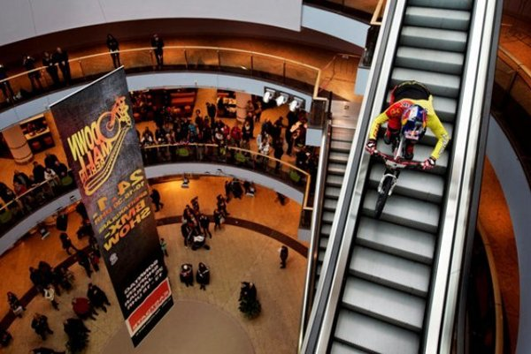 DownMall bike show to take place in Central.