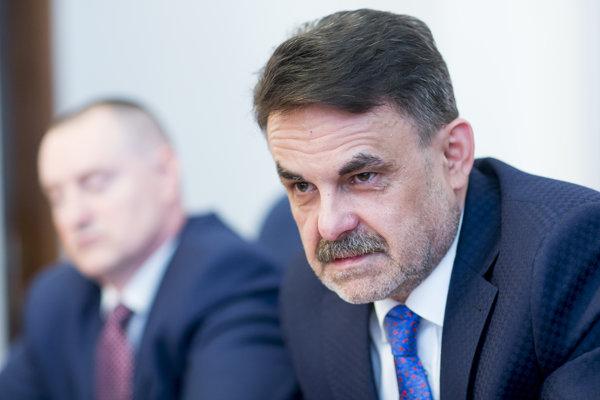 General Prosecutor Jaromír Čižnár (r)