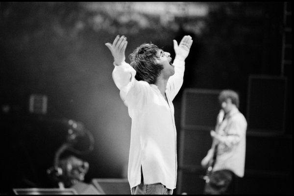 Oasis: Supersonic (a still)