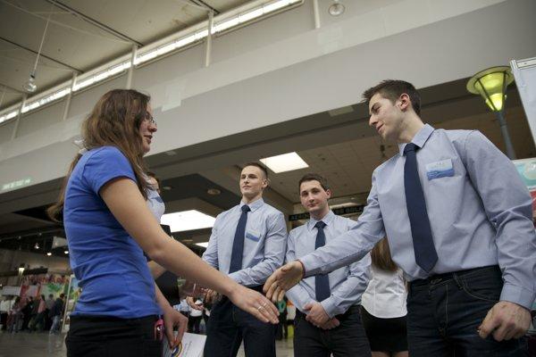 Junior Achievement Slovakia organises various events, including a fair of student companies.