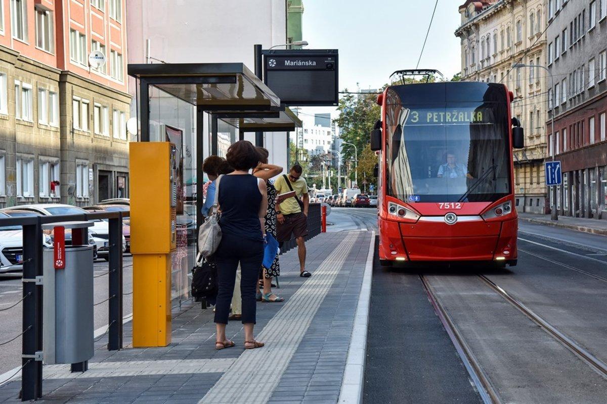 Tram Stop Returns To Spitalska After One Year Spectator Sme Sk