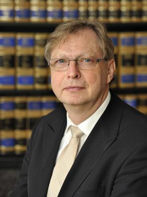 Zoltán Ludik, Partner
