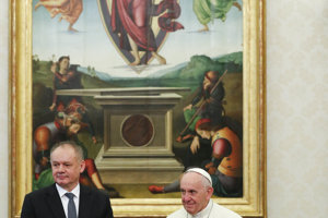 Pope Francis sends gift to former archbishop Bezák - spectator.sme.sk 98c916098aa