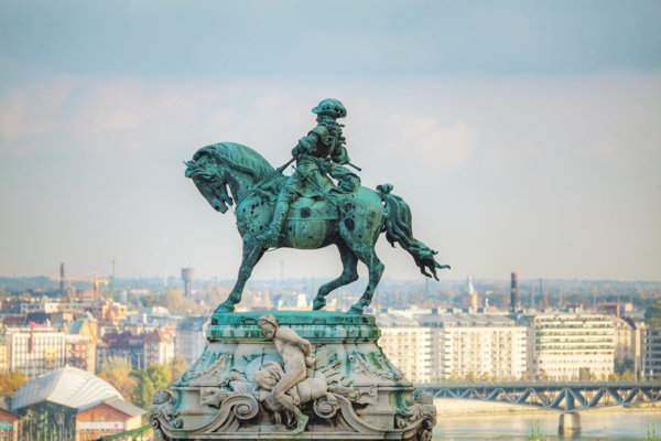 Prince Eugene of Savoy overlooking Budapest.