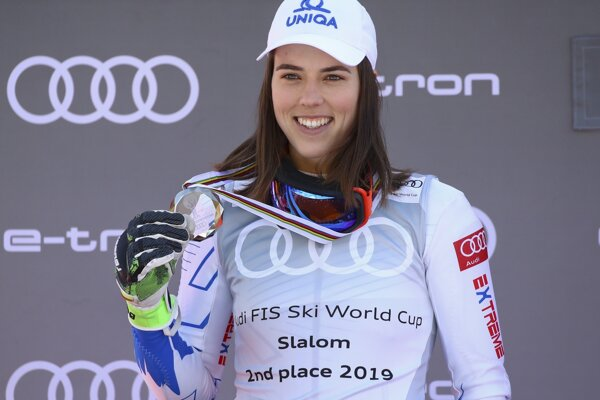 Petra Vlhová shows her medal for finishing second in the alpine ski, women's slalom discipline, at the alpine ski, World Cup finals in Soldeu, Andorra, on March 16, 2019.