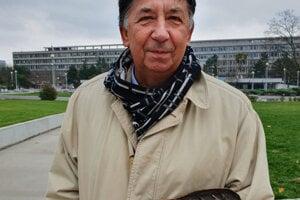 Ján Budaj, one of the leaders of Velvet Revolution with the bronze shoeprint.