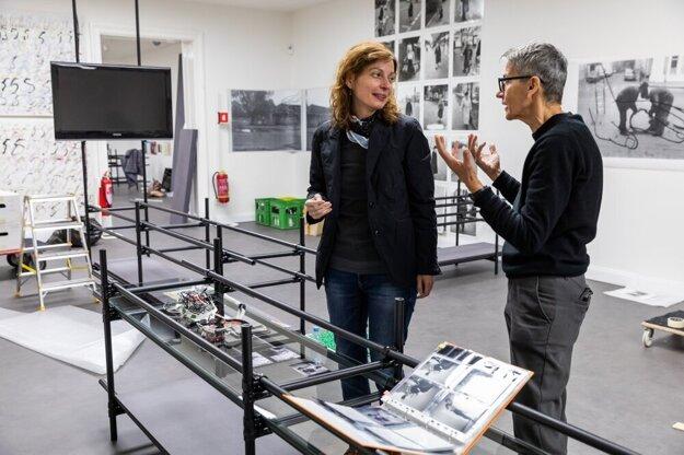 Anna Daučíková installs her works at the Slovak National Gallery