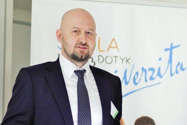 Peter Tvrdoň