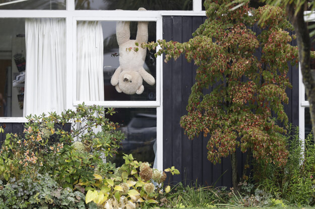 New Zealanders joined a campaign in the pandemic, putting teddies in their windows to distract children under lockdown.