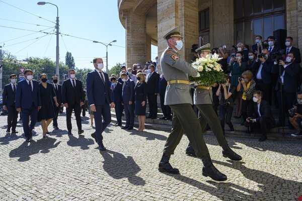 PM Igor Matovič and other high-ranking public officials lay a wreath at Comenius University on August 21, when Slovakia marks 52 years since the 1968 invasion of Czechoslovakia.