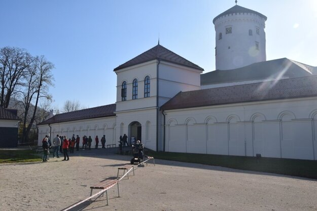 Mass testing for the coronavirus at the Budatín Castle in Žilina.