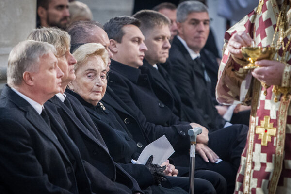 Emília Kováčová at the funeral of her husband Michal Kováč in October 2016.