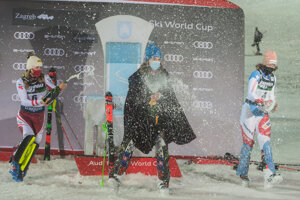 Petra Vlhová (centre) celebrates after winning the women's World Cup Slalom, in Zagreb, Croatia.