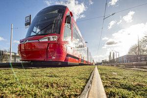 The reconstructed Dúbravsko-Karloveská tram track