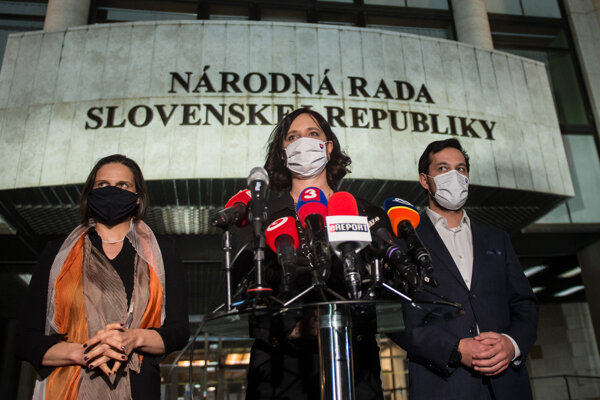 The representatives of Za Ľudí after the March 3 meeting of the coalition council.