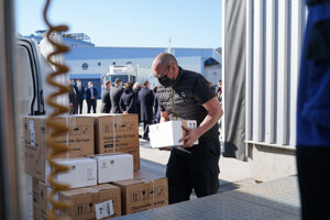 Slovakia officially received the gift from France in the form of AstraZeneca vaccines on March 7.