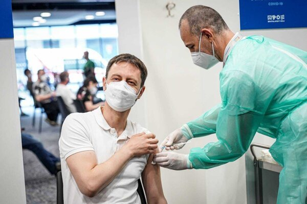 PM Eduard Heger was vaccinated in Bratislava during the first weekend of May. He received the AstraZeneca vaccine.