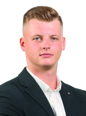 Matúš Kočíšek, Associate