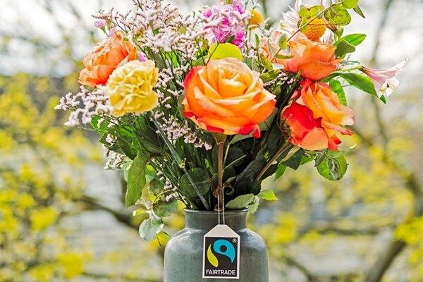 Fairtrade flowers hit the Slovak market