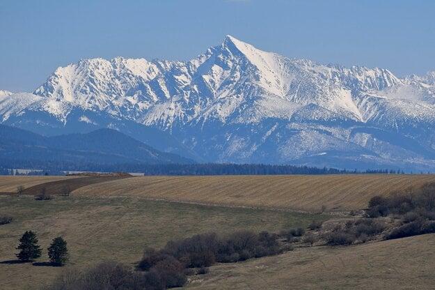 The snow-covered Kriváň peak in the High Tatras.