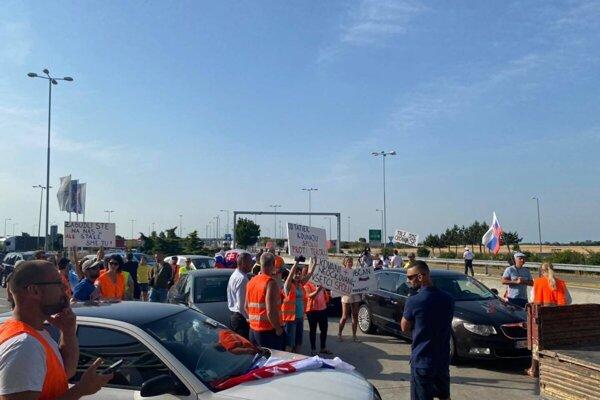 A protest at the Rajka border crossing.