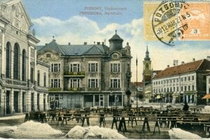 A historical postcard of the Old Market Hall.