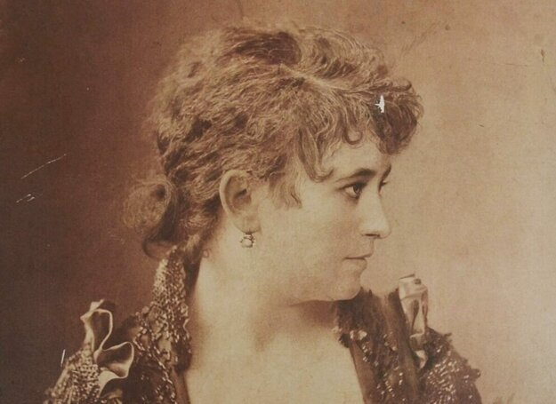 The Jewish actress Mária Bárkány was often compared to the French diva Sarah Bernhardt.