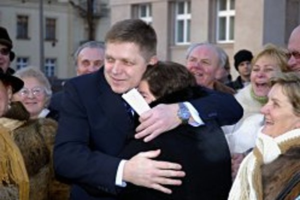 Ruling coalition conflicts have not harmed the popularity of Prime Minister Robert Fico.