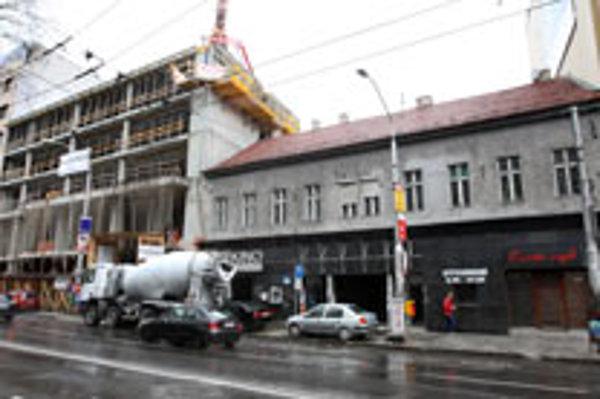 The Hviezda cinema awaits demolition.