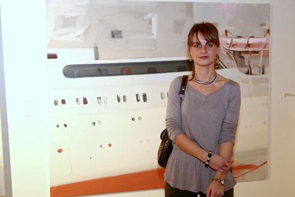 Andrea Bartošová in front of her winning work, International Cruise.