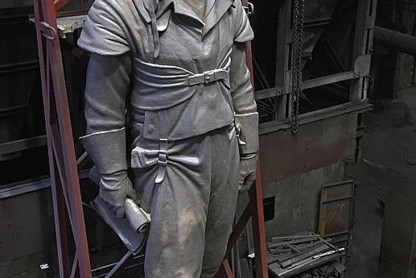 Standing tall: The Štefánik statue is eight metres high.