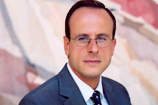 Commercial Counsellor Konstantin Bekos