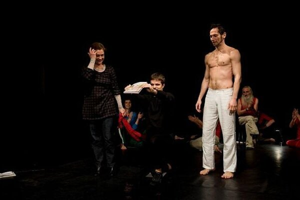 Dancers contributed their sweat to baptise a new book at Štúdio 12.
