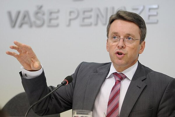 Ivan Mikloš said the deficit targets will be met.
