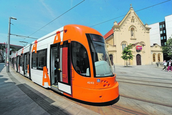 The new tram.